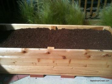 Lovely In These Free Planter Box Plans Follow Along Step By Step To Learn How To  Build A Planter Box That Is Planter Box Plans Large Enough To Hold A Number  Of ...